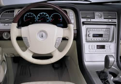 2002 lincoln continental photos pics gallery new cars com