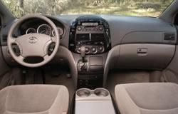 2004 Toyota Sienna Dashboard