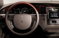 2005 lincoln town car photos pics pictures. Black Bedroom Furniture Sets. Home Design Ideas